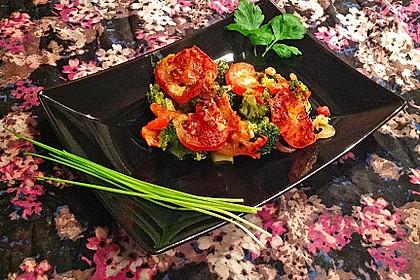 Überbackener Brokkoli mit Tomaten 11