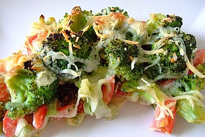 Überbackener Brokkoli mit Tomaten