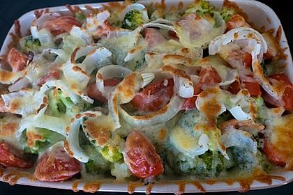 Überbackener Brokkoli mit Tomaten 3