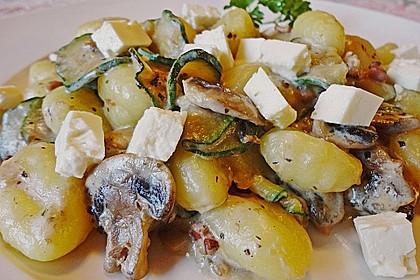 Gnocchipfanne mit Zucchini und Speck 2