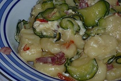 Gnocchipfanne mit Zucchini und Speck 14