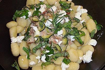 Gnocchipfanne mit Zucchini und Speck 1