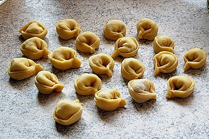 Roswithas Ravioli mit Gorgonzola - Walnuss Füllung 3