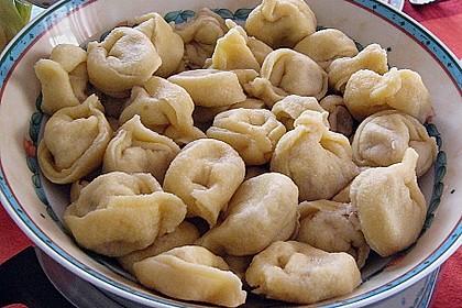Roswithas Ravioli mit Gorgonzola - Walnuss Füllung 2