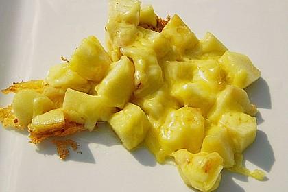 Apfelpfanne, mit geschmolzenem Käse 1