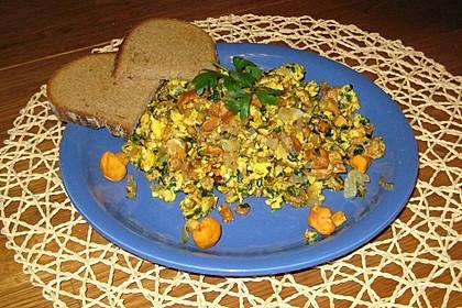 Gebratene Pfifferlinge mit Ei (Pfifferlingsgeröstel) 5