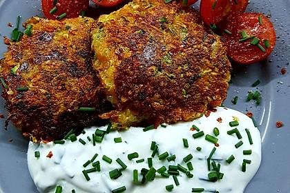 Gemüsepuffer mit Kartoffeln, Zucchini und Möhren