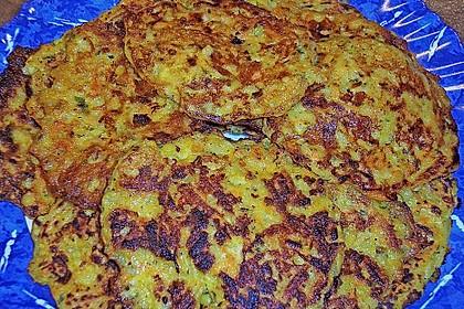 Gemüsepuffer mit Kartoffeln, Zucchini und Möhren 20