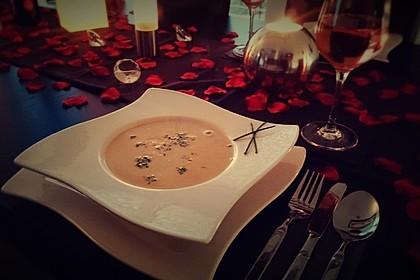 Knoblauchsuppe mit Parmesan 5