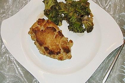 Hähnchenfilets mit Macadamia-Kruste und Brokkoli an Balsamico 6