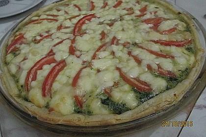 Quiche mit Spinat, Tomaten und Schafskäse (Bild)