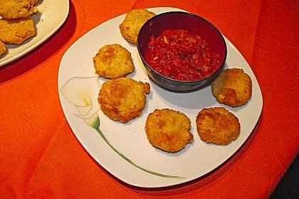 Spanische Ziegenkäse - Kroketten mit Tomatensalsa 4