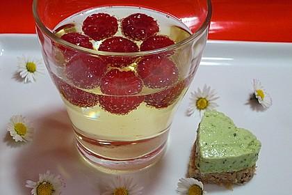 Frühlingsleichte Joghurt - Kräuter -Terrine 6