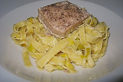 Thunfisch-Steaks auf Lauchgemüse 6