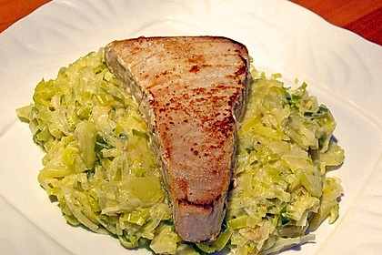 Thunfisch-Steaks auf Lauchgemüse 8