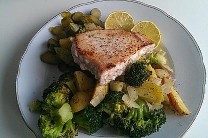 Thunfisch-Steaks auf Lauchgemüse 13