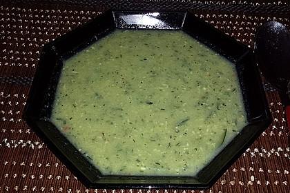 Zucchinisuppe mit Käse 18