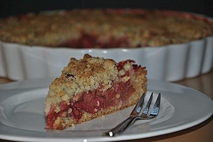 Erdbeer - Rhabarber - Tarte mit Mandelstreuseln 4