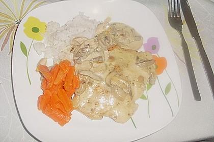 Putenschnitzel in Champignon - Sahnesauce 2