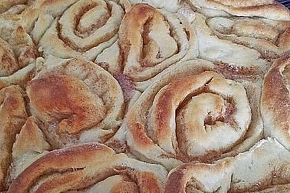 Saftige Mandel - Zimtschnecken (Bild)