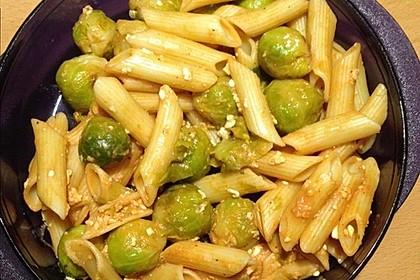 Pasta mit Brokkoli und Hüttenkäse 5