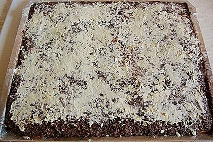 Dunkler Kokos - Rumkuchen vom Blech 3