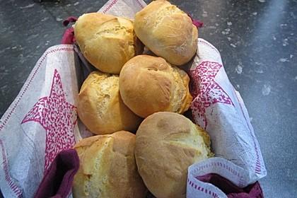 Sonntagsbrötchen mit Buttermilch 6