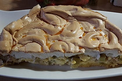 Rhabarberkuchen mit Baiser 54