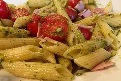 Nudel - Pesto Salat