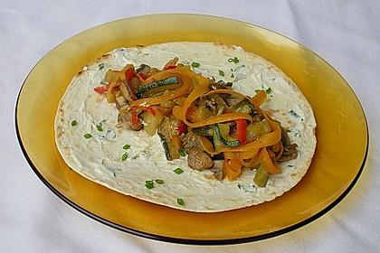 Wraps mit Hähnchenbrust-Gemüse Füllung 3