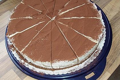 Tiramisu mit selbstgebackenem Biskuit (Bild)