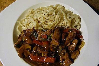 Schweinefilet chinesisch mit Gemüse und Eiernudeln 4