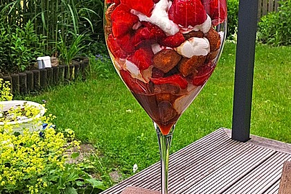 Erdbeer - Tiramisu - Dessert 3