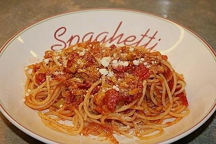 Knoblauch-Spaghetti mit Lauch und Tomate 10