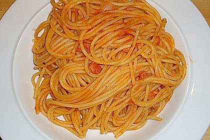 Knoblauch-Spaghetti mit Lauch und Tomate 18