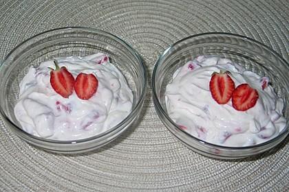Ricotta mit Erdbeeren