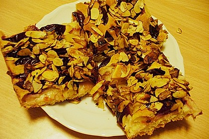Zwetschgenkuchen vom Blech 25