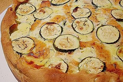 Zucchini - Quiche mit Räucherlachs 9