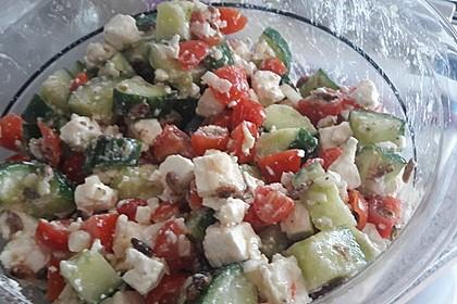 Gurken, Tomaten, Feta Salat 13