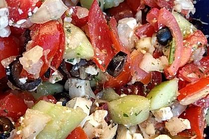 Gurken, Tomaten, Feta Salat 12
