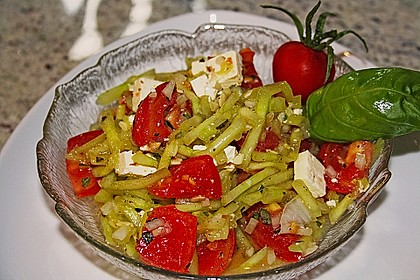 Gurken, Tomaten, Feta Salat 18
