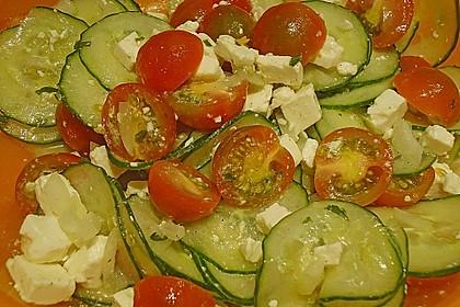 Gurken, Tomaten, Feta Salat 28
