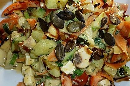 Gurken, Tomaten, Feta Salat 35