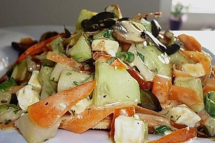 Gurken, Tomaten, Feta Salat 33