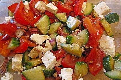 Gurken, Tomaten, Feta Salat 8