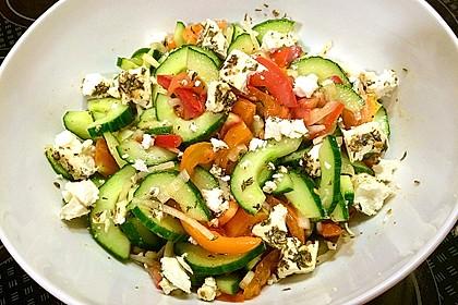 Gurken, Tomaten, Feta Salat 3