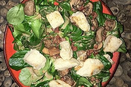 Feldsalat mit Sahne-Speck-Sauce 45