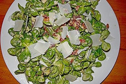 Feldsalat mit Sahne-Speck-Sauce 28
