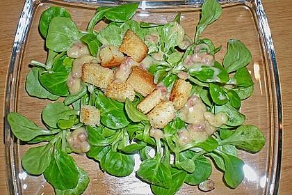 Feldsalat mit Sahne-Speck-Sauce 27