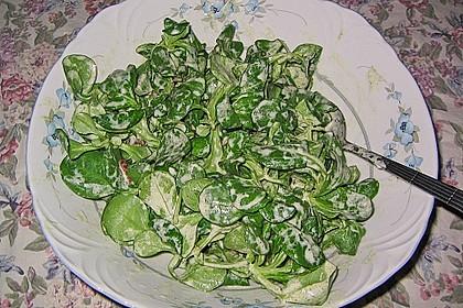 Feldsalat mit Sahne-Speck-Sauce 47